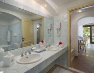 Bisaccia bagno lato mare e standard residenza