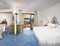 Cala di Volpe-Deluxe Suite Bedroom 1