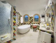 Cala di Volpe-Penthouse Suite Bathroom