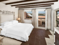 Cervo-178630-Signature Suite Bedroom
