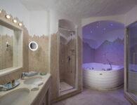 Cervo-181220-Royal Suite Bathroom