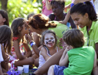 Chia Laguna_ART & FACE PAINTING