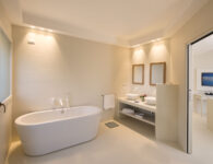 Chia Laguna_Hotel Baia_Suite Incanto_Bath with bathtube