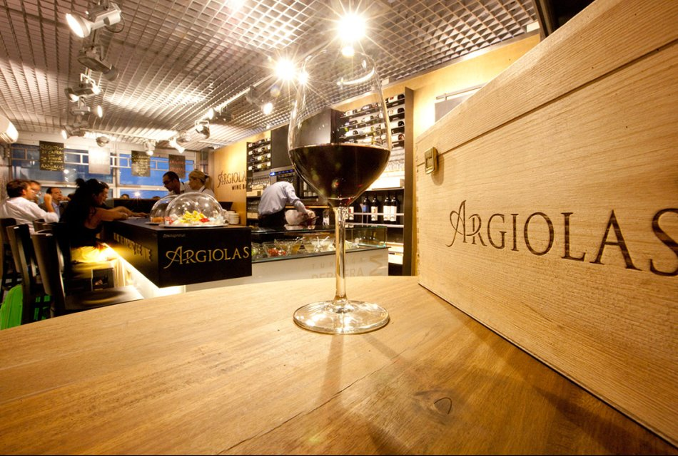 Visit Sardinia VIP | Visit of the Winery ARGIOLAS with the Wine Tasting