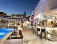48. Lounge Bar